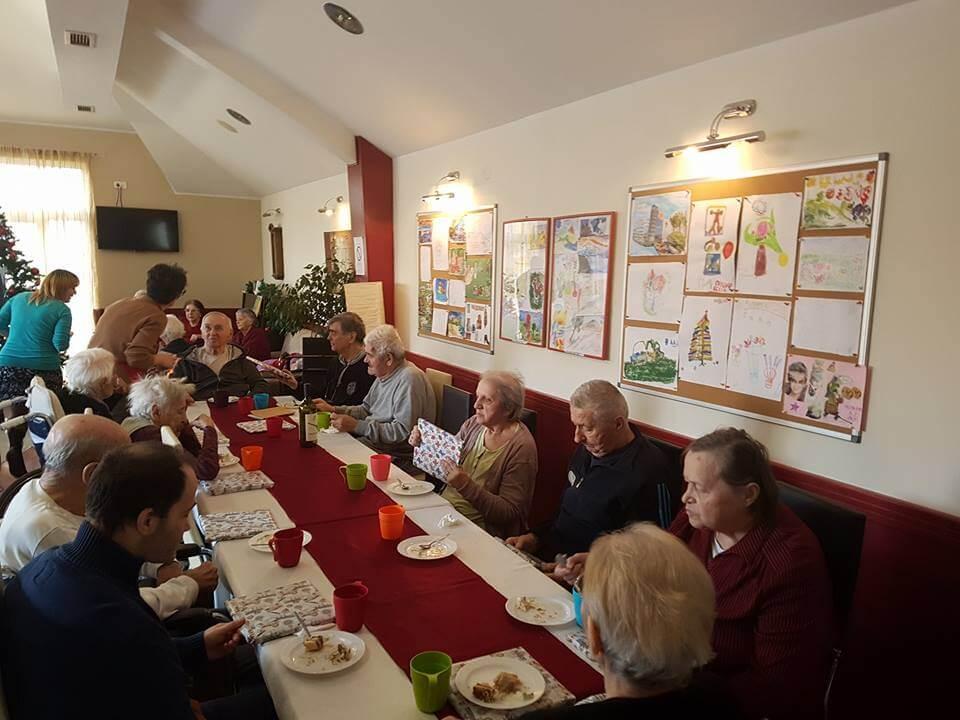 Društveni život u staračkom domu