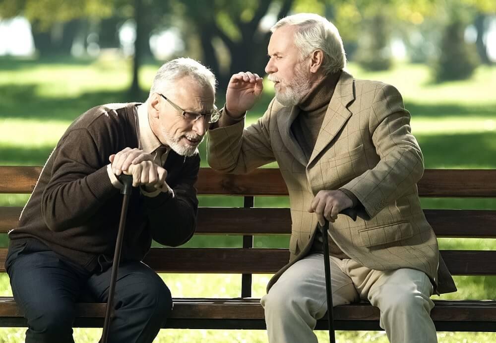Staračka nagluvost – Zašto nastaje?