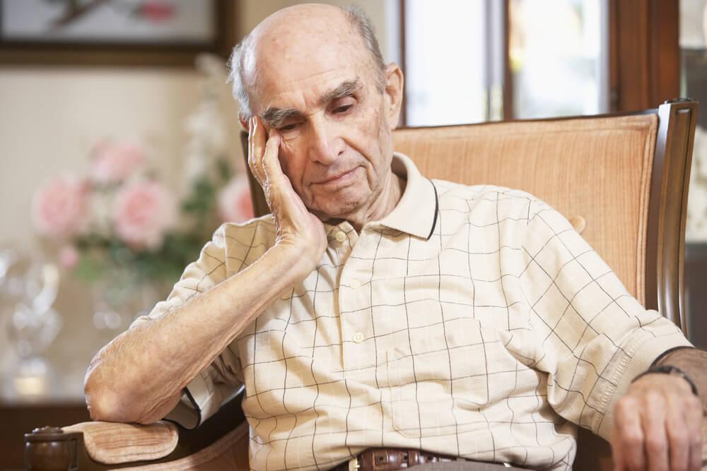 Opadanje kose kod starijih osoba