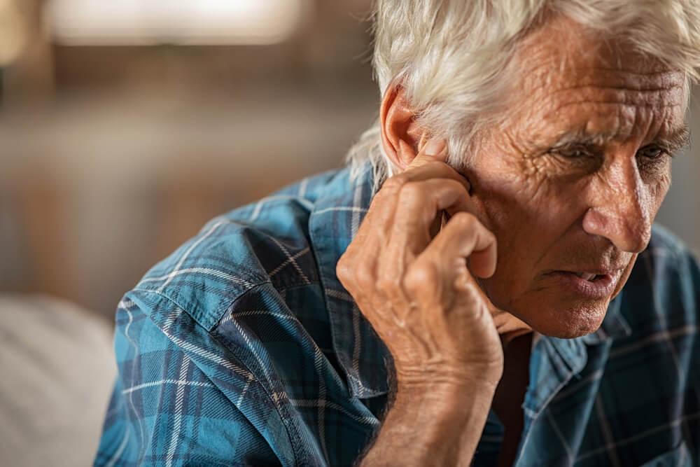 Zujanje u ušima kod starijih osoba