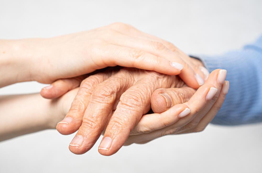 Kako da znate da je starim roditeljima potrebna pomoć?
